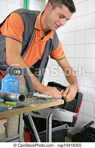 installatiebedrijf, badkamer, werkende  - csp10418355
