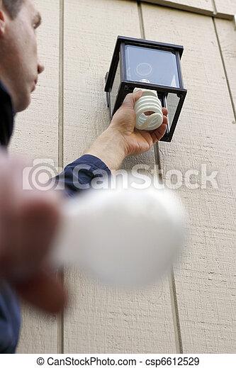 Installing a CFL - csp6612529