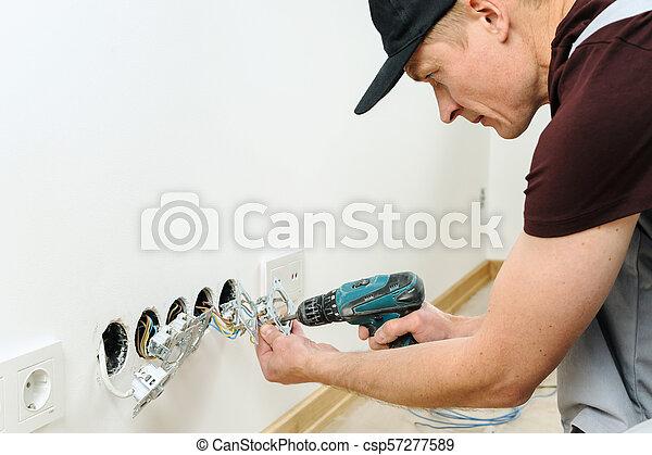installs, électricien, électrique, outlets. - csp57277589
