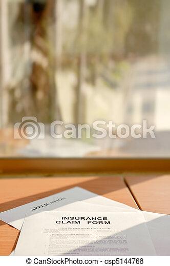 Insurance claim form - csp5144768