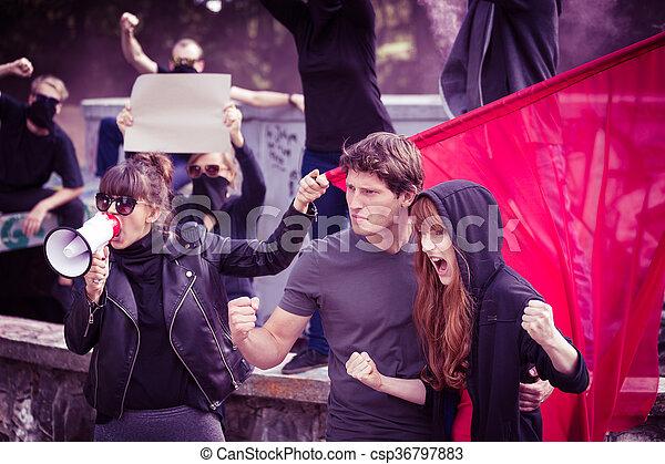 insurgents, powstanie, do góry - csp36797883
