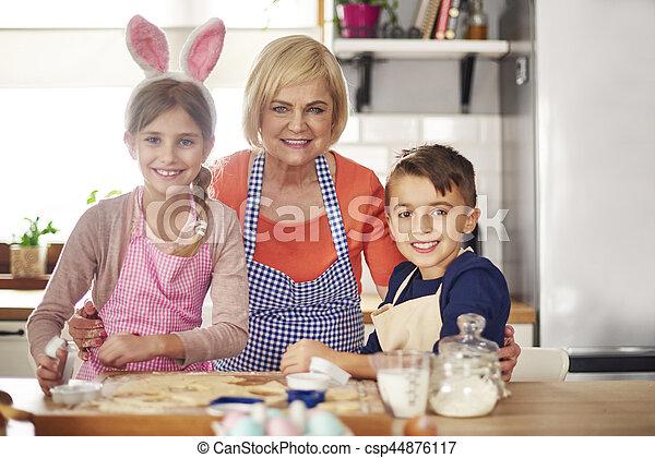 intérieur, portrait, cuisson, famille, cuisine - csp44876117