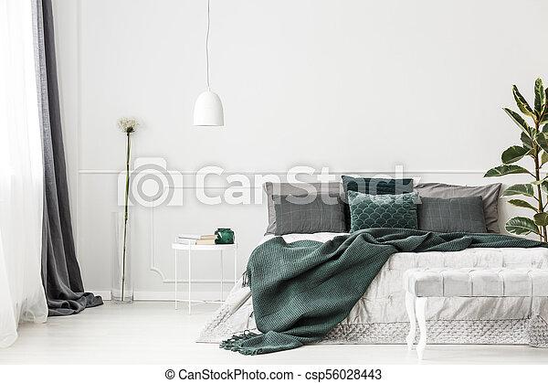 Intérieur Vert émeraude Chambre à Coucher Oreillers Espace Mur