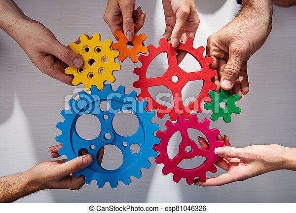 integración, pedazos, equipo negocio, conectar, concepto, sociedad, gears., trabajo en equipo - csp81046326