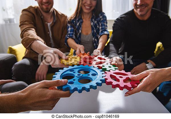 integración, pedazos, equipo negocio, conectar, concepto, sociedad, gears., trabajo en equipo - csp81046169