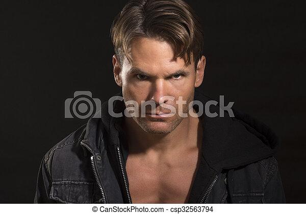 Intense predator eyes - csp32563794