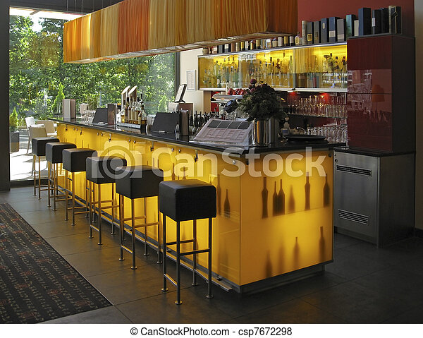 Interior del bar - csp7672298