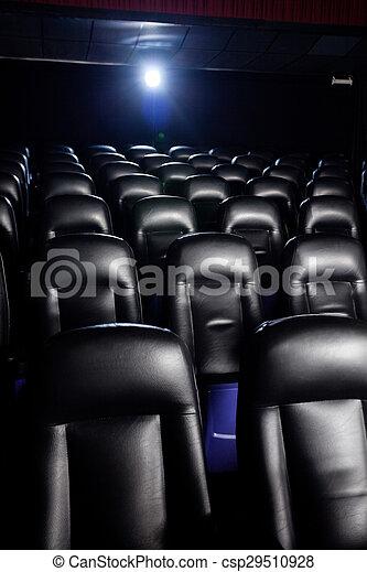Interior de cine vacío - csp29510928