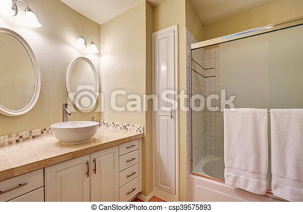 Interior, cuarto de baño, diseño, clásico. Cuarto de baño, estados ...