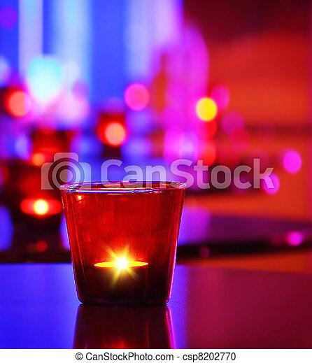 Interior romántico de un restaurante de lujo - csp8202770