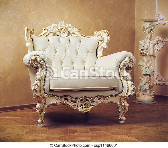 Interior de lujo. Muebles tallados - csp11466801