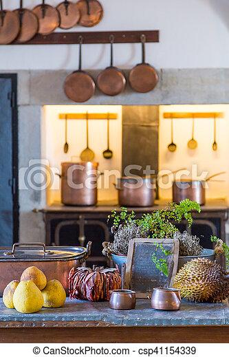 Exceptionnel Interior Old Kitchen With Vintage Kitchenware