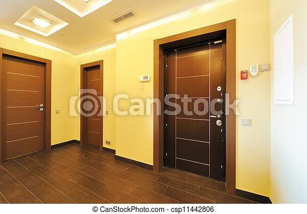 Interior vacío del pasillo - csp11442806