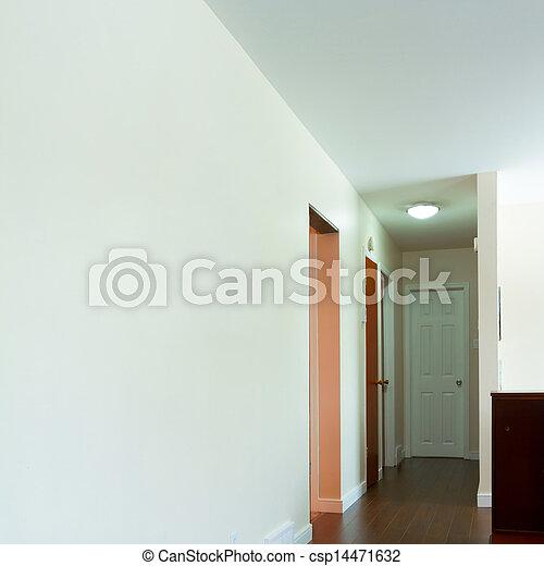 Interior vacío del pasillo - csp14471632