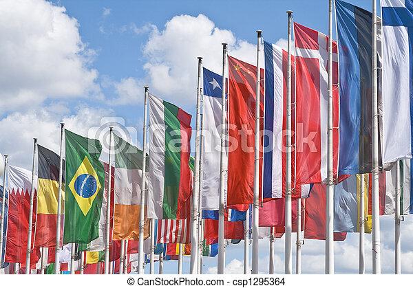 Reunión internacional - csp1295364