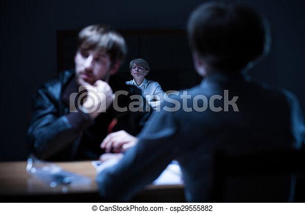 interrogation, criminel, station, police - csp29555882