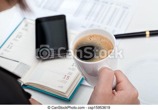 Descanso de café en el trabajo - csp15953619