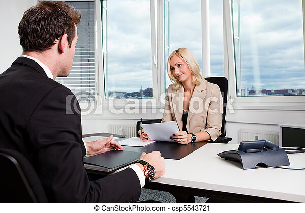 intervista, affari - csp5543721