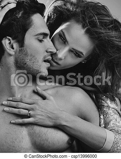 intimità, coppia, amare - csp13996000