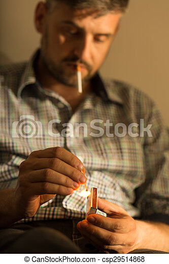 intoxiqué, cigarette, homme - csp29514868
