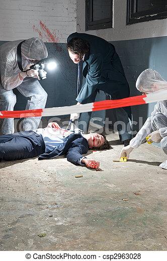 Investigación de la escena del crimen - csp2963028
