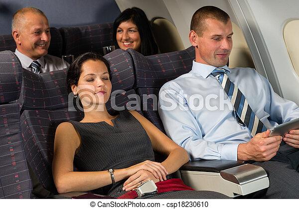 inzittende vlucht, verslappen, slaap, gedurende, vliegtuig stulp - csp18230610
