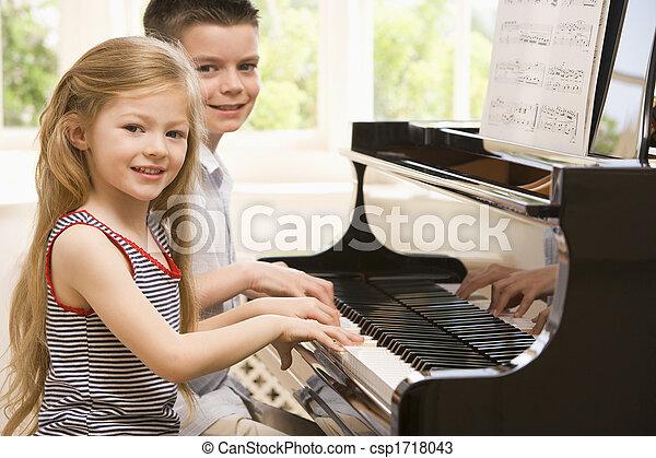 irmã, piano jogo, irmão - csp1718043