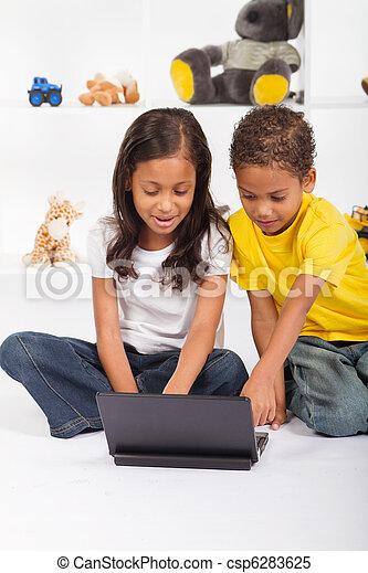 irmã, tocando, laptop, irmão - csp6283625