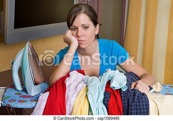 ironing, mulher - csp1589495