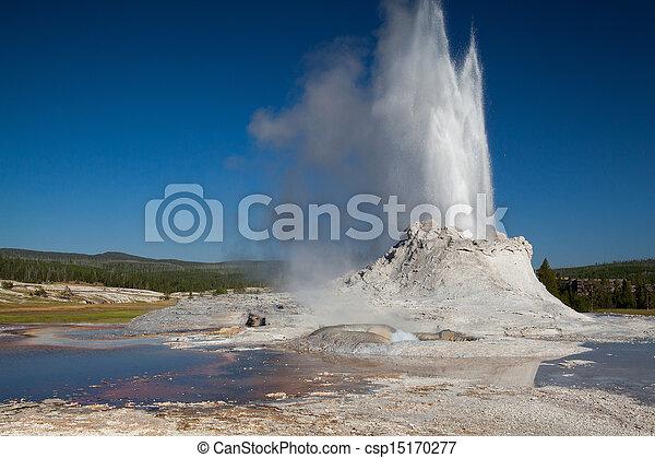 Irregular eruption in Castle Geyser in Yellowstone - csp15170277