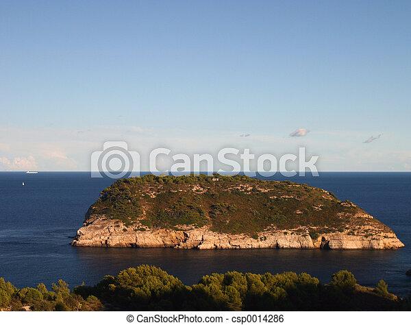 island in the sea - csp0014286