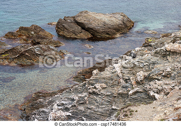 island in the sea - csp17481436