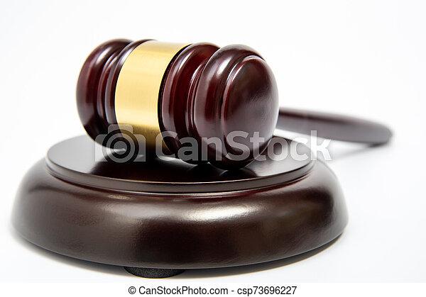 isolé, arrière-plan., juge, gavel bois, blanc - csp73696227