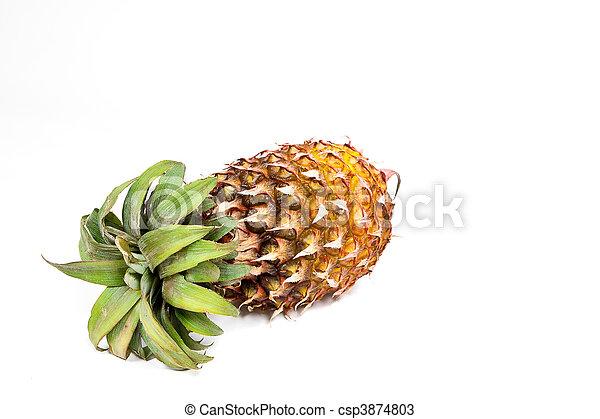 Isolated ripened fresh pineapple - csp3874803