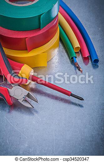 Isoliert, drähte, elektrisch, bänder, screwdr, schneiden, isolierung ...