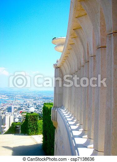 Templo Bahai en Haifa, Israel - csp7138636