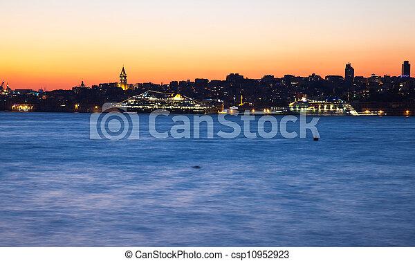 istanbul night - csp10952923