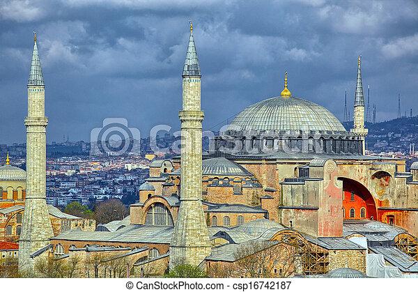 Istanbul - csp16742187