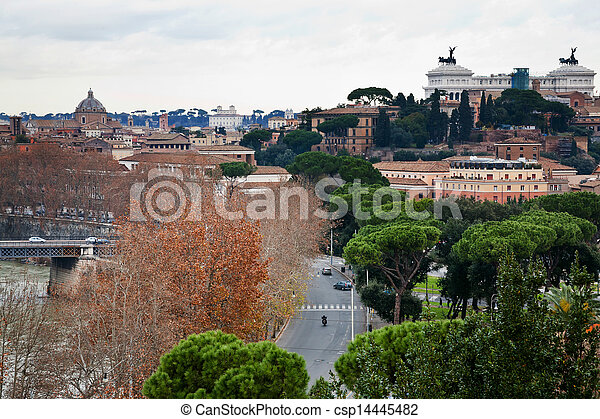 Vista desde la colina aventina en Roma, Italia - csp14445482
