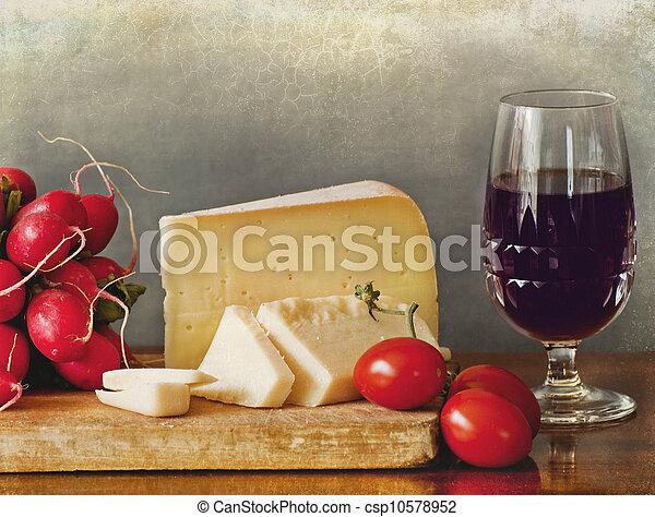 Italian cheese assortment, red wine - csp10578952