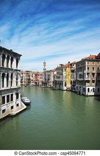 Gran canal. Venecia. Italia. - csp45094771