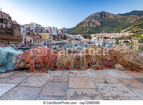 Italy. Sicily. Castellammare del Golfo. - csp72985066