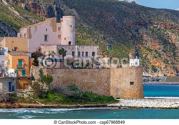 Italy. Sicily. Castellammare del Golfo. - csp67968849