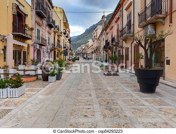 Italy. Sicily. Castellammare del Golfo. - csp84293223