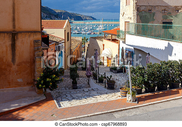 Italy. Sicily. Castellammare del Golfo. - csp67968893