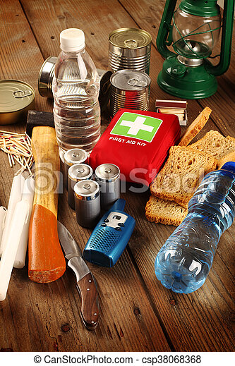 items, noodgeval - csp38068368
