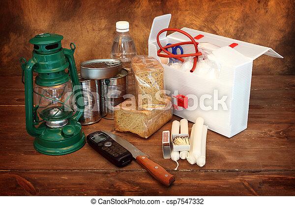 items, noodgeval - csp7547332