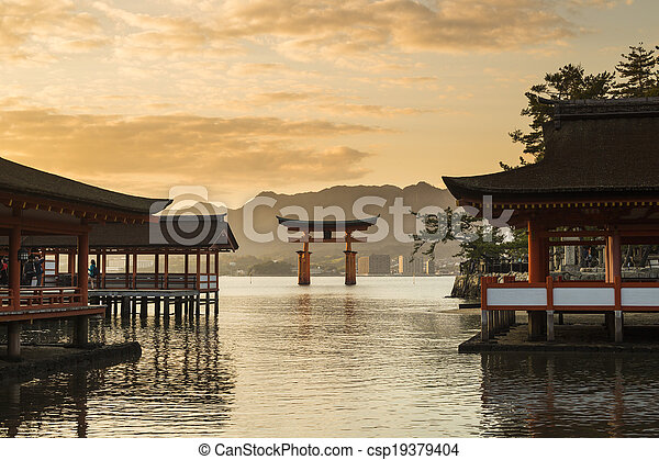 itsukushima, miyajima., 著名, 聖地, 地方, hiroshima., 日本 - csp19379404