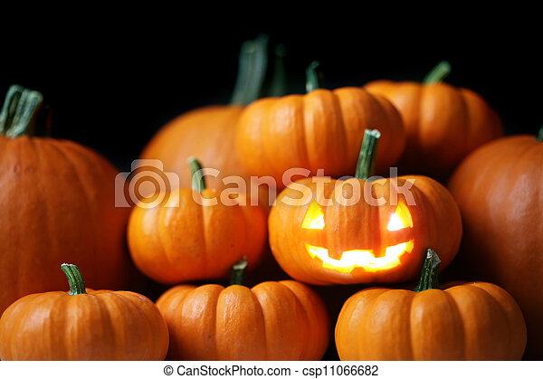 Jack-o'-lantern - csp11066682