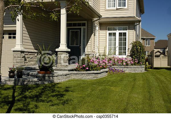En el patio delantero - csp0355714